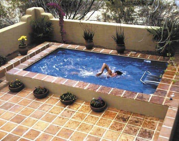 Готовый котлованный бассейн