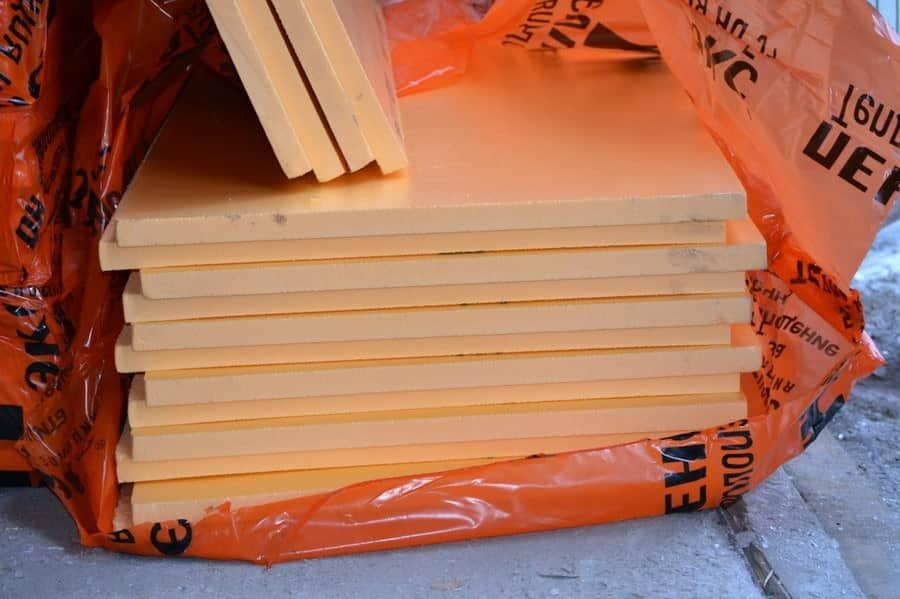 Продается пеноплекс в удобных листах размером 60х120 см