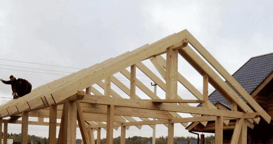 Крышу можно делать и односкатной, и двускатной