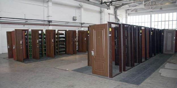 Купить двери со склада