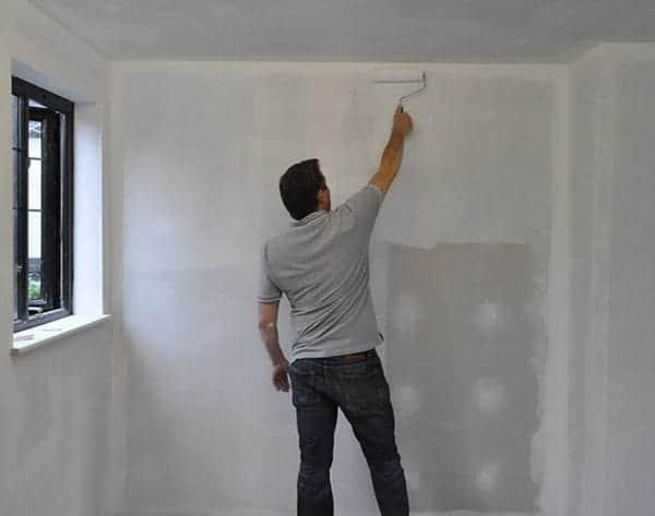 Подготовка стен для обоев