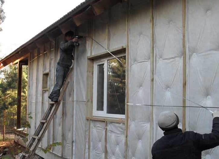 Как правильно утеплять стены