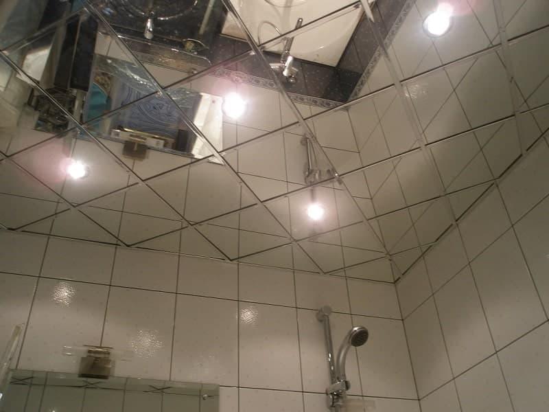 Чем отделать потолок?