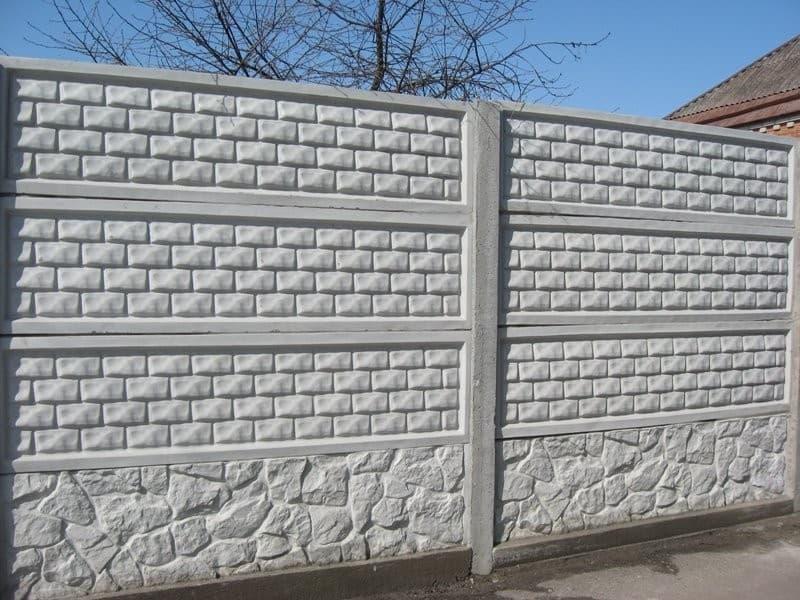 Как самостоятельно сделать забор из бетона?