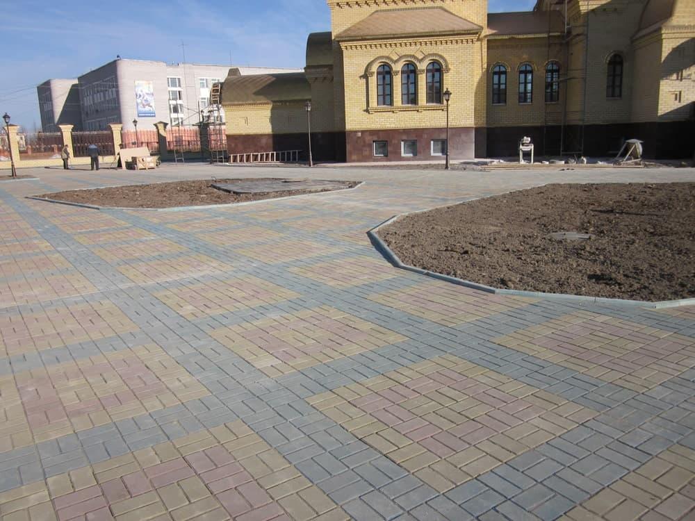 Тротуарная плитка в Екатеринбурге
