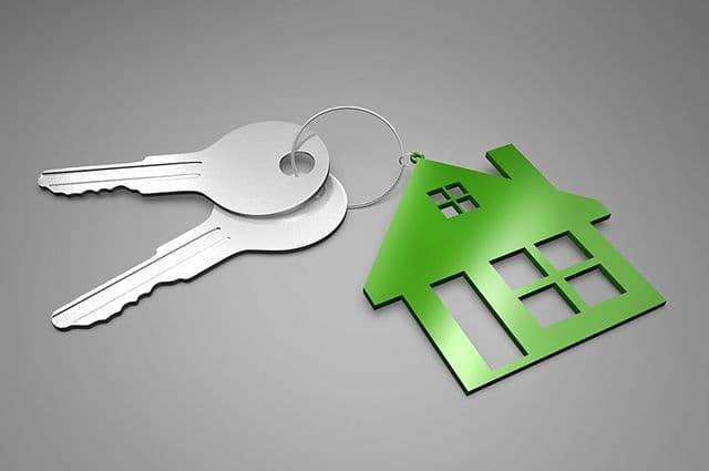 Как получить компенсацию за жилье в случае признания сделки незаконной?