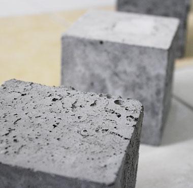 Какая оптимальная температура для заливки бетона?