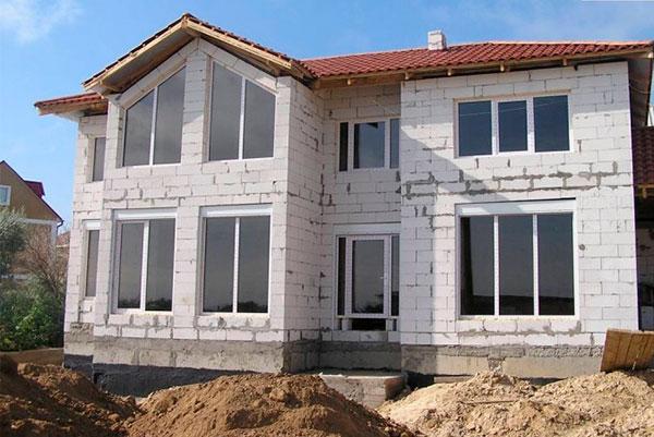 Выбираем лучшие пеноблоки для строительства дома