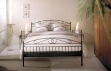 Кованые кровати - преимущества и критерии выбора